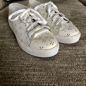 Eyelet Laceup sneakers - worn once!